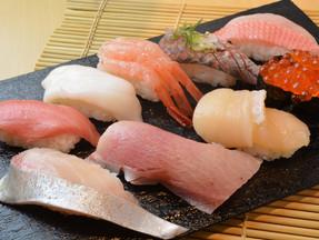 【一心寿司】お得な日替りオススメセットがあります!