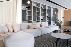 Palo Alto - Living Room 12