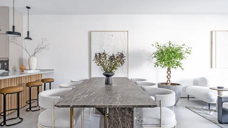Roma - Dining Room