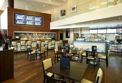Cinepolis-Del-Mar-lobby-bar