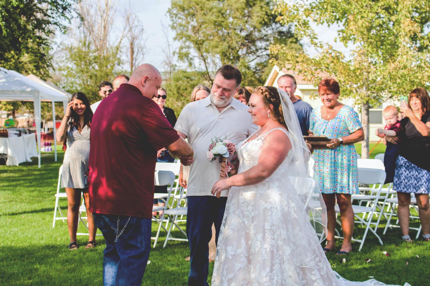 IMG_9462 wedding photographer yakima.jpg