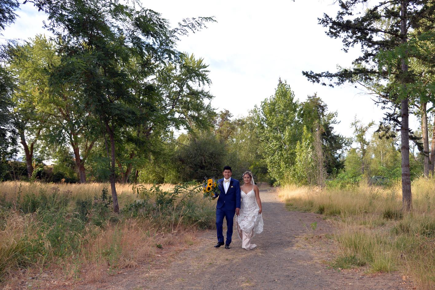 DSC_2258 copy wedding photographer yakima EDITED NO LOGO.jpg