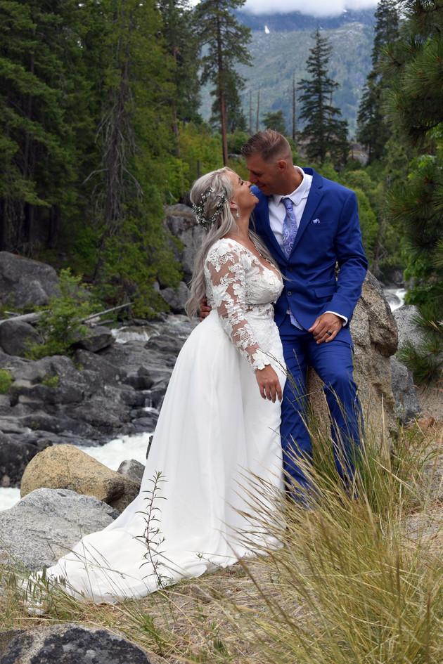 DSC_0885 copy wedding photographer yakima EDITED NO LOGO.jpg