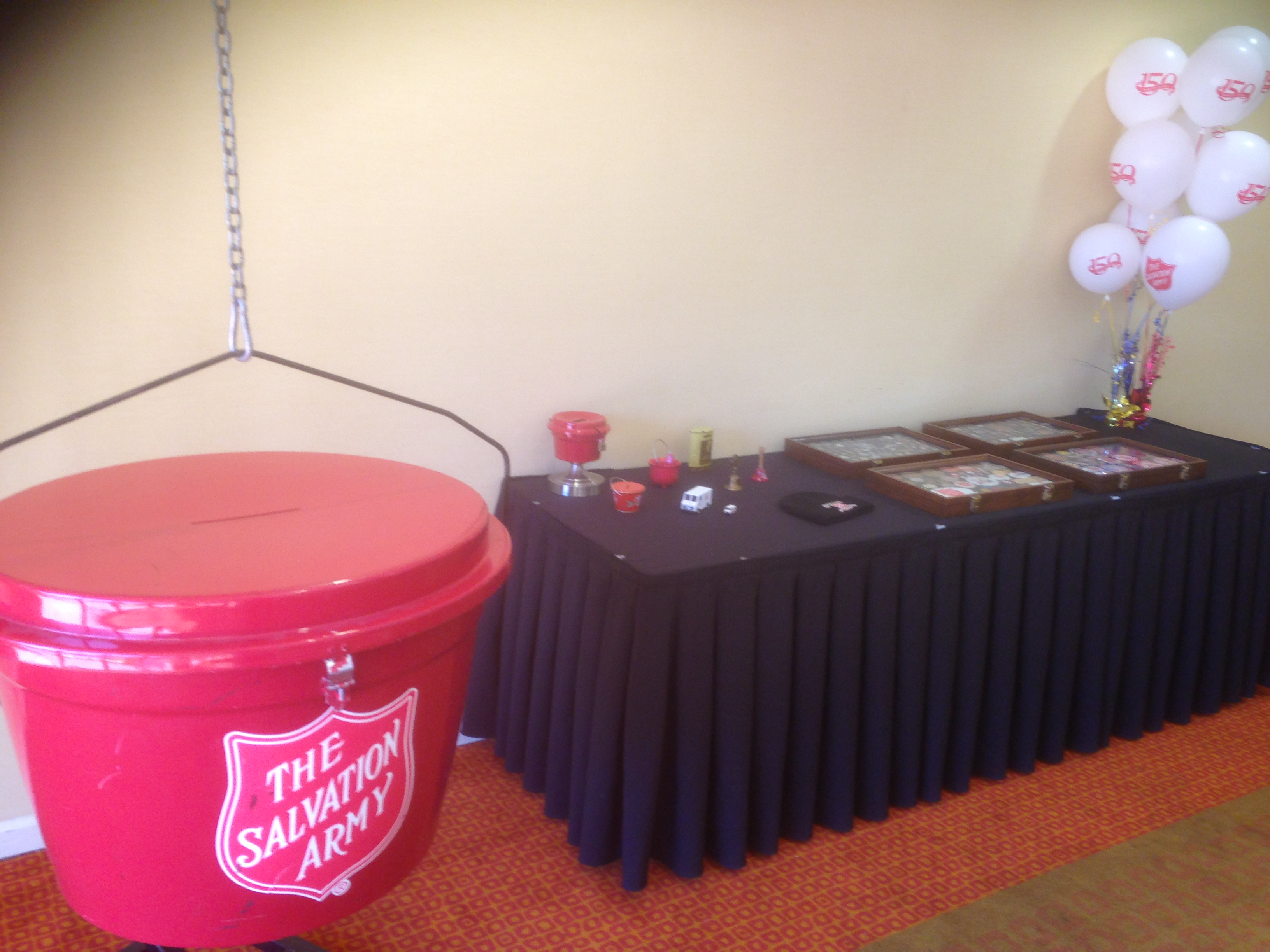 Giant Red Kettle