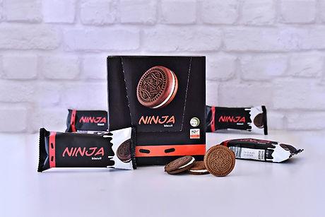 Ninja_Biscuit_Cocoa_cookies_with_vanilla_cream_edited.jpg