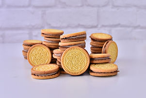 Vanilla_cookies_cocoa_cream_edited.jpg