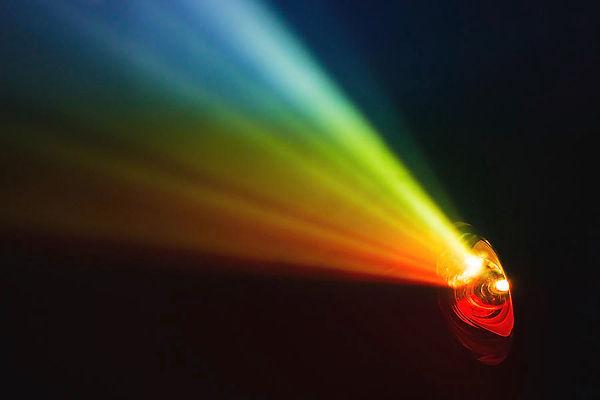 beautiful-rainbow-color-wide-lens-projec