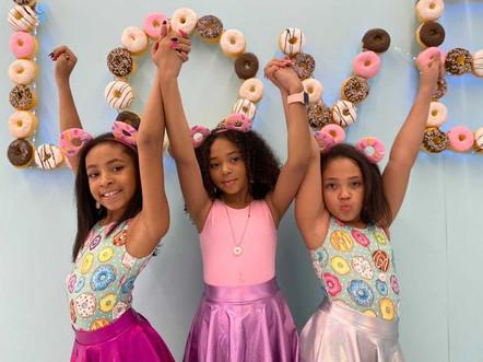 Donut Life Museum-Love