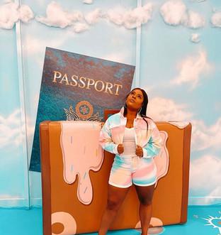 Donut Life Museum-Suitcase
