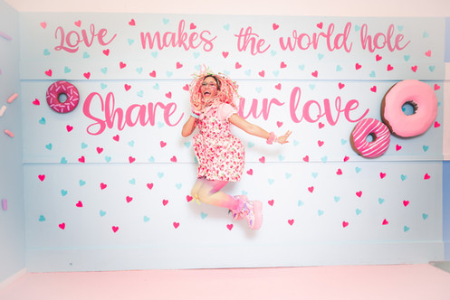 Donut Life Museum-Love Wall