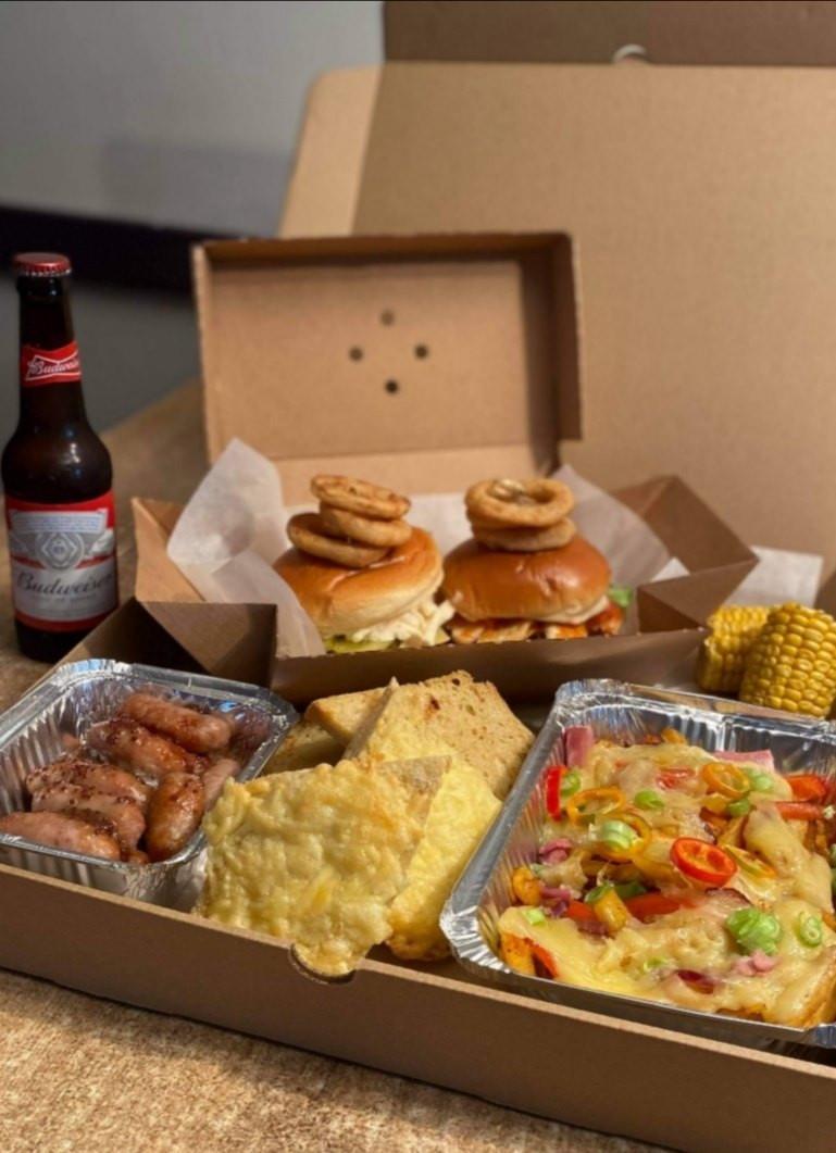 Jemoleys Dirty Weekend box Share.jpg
