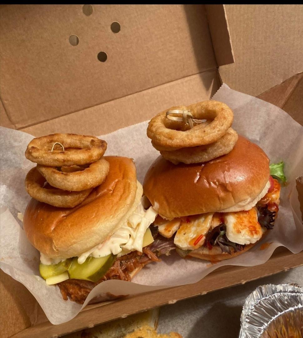 Jemoleys Dirty Weekend box Burgers.jpg