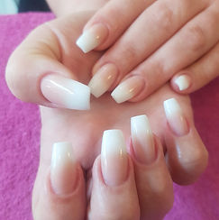 Acrylics nail training course YLB Traini