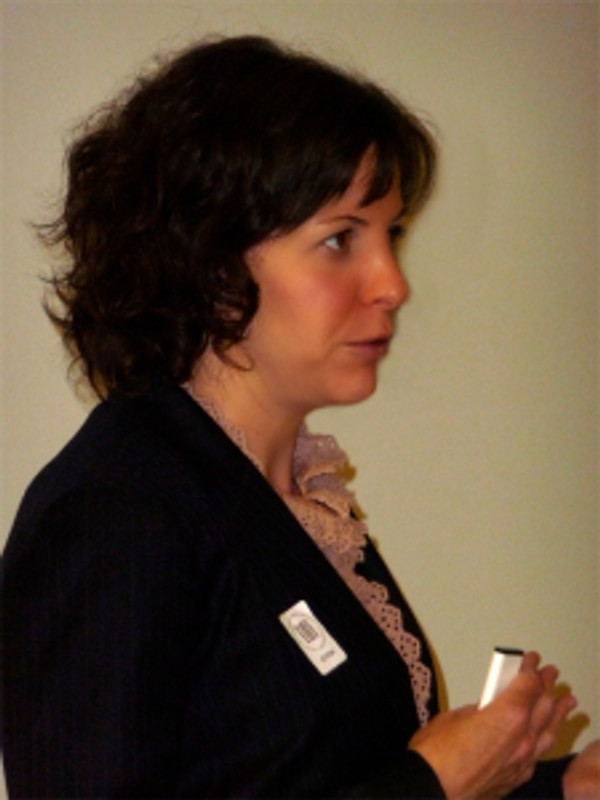 Susan Frei Nathan, lecturing at the Huntington.