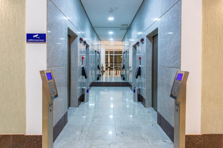 Hall Comercial