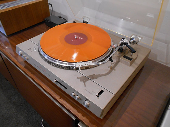 Pioneer PL-520 Direct Drive turntable