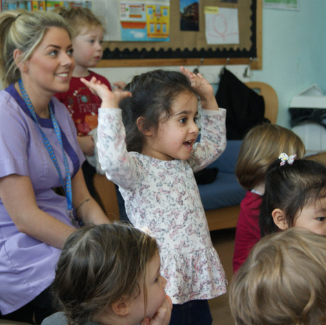 Nursery, key worker, fun, spanish, nursery children, singing, having fun.JPG