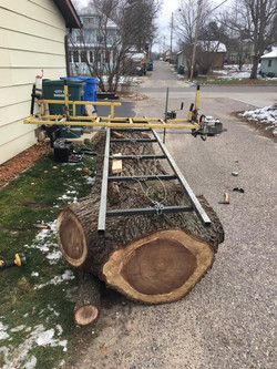 Chainsaw mill in action.