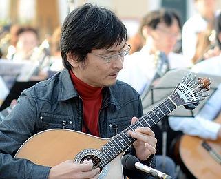 ポルトガルギター奏者・湯淺隆