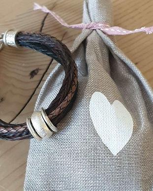 Pferdehaararmband mit Jutensäckli