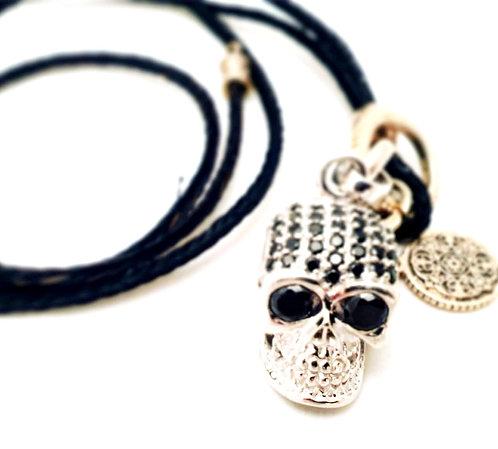 Totenkopfanhänge, Necklace
