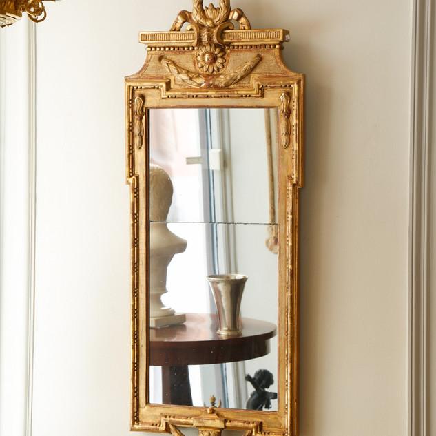 18th century Gustavien mirror