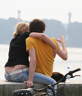 couple-1432912-1279x1513.jpg