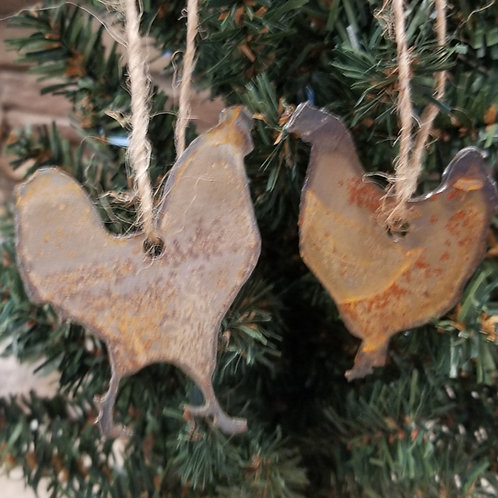 Rusty metal Chicken Christmas ornament or present