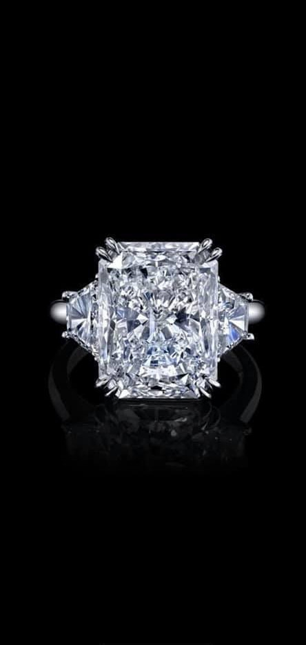 Diamond Alex.jpg