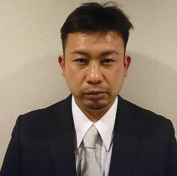 01 atarashi yasuyuki.jpg