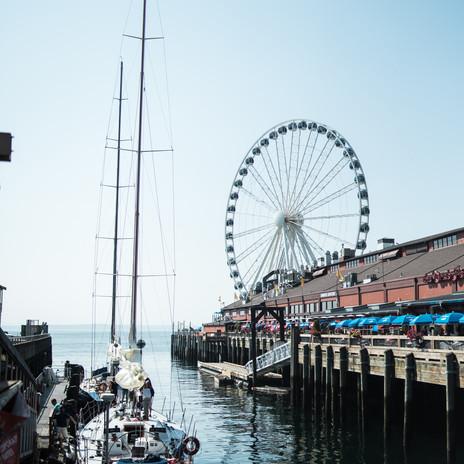 seattle-washington-street-photography-harbor-boat