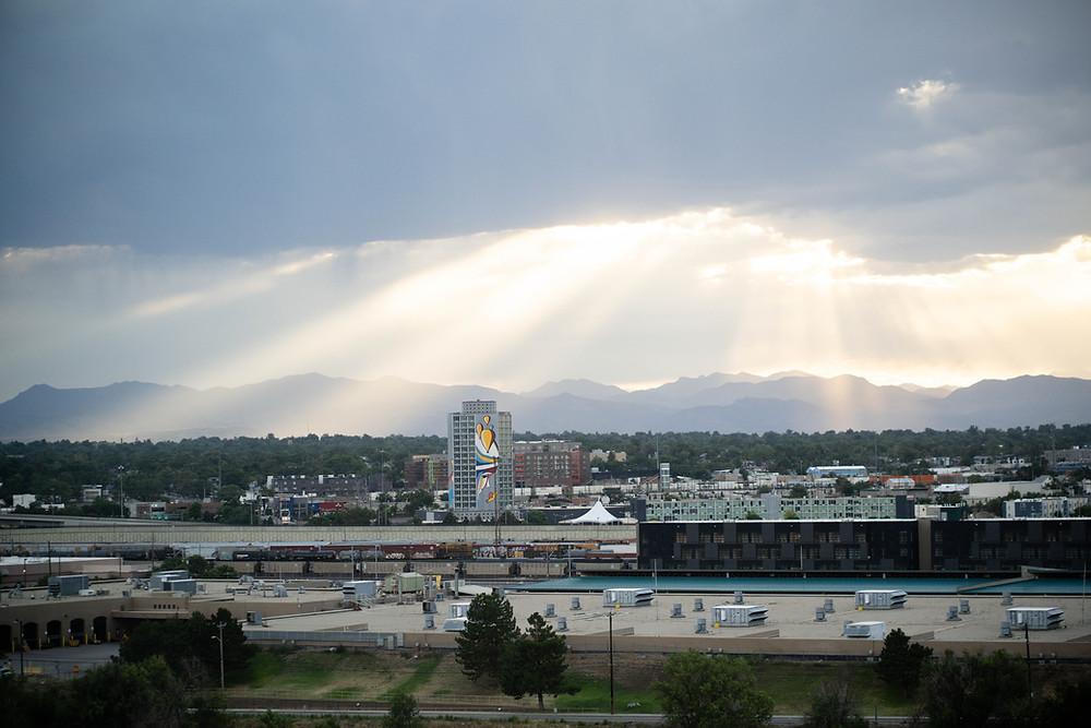 denver-mountain-view-sunset