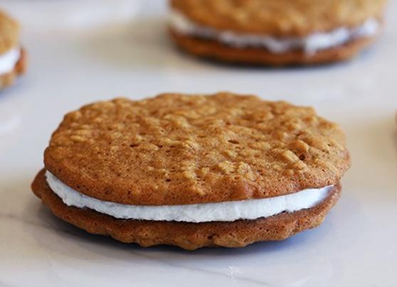 Oatmeal Cream Pie SAMPLE