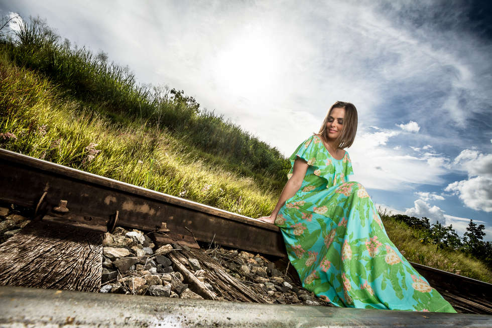 Ensaio fotográfico em trilho de trem
