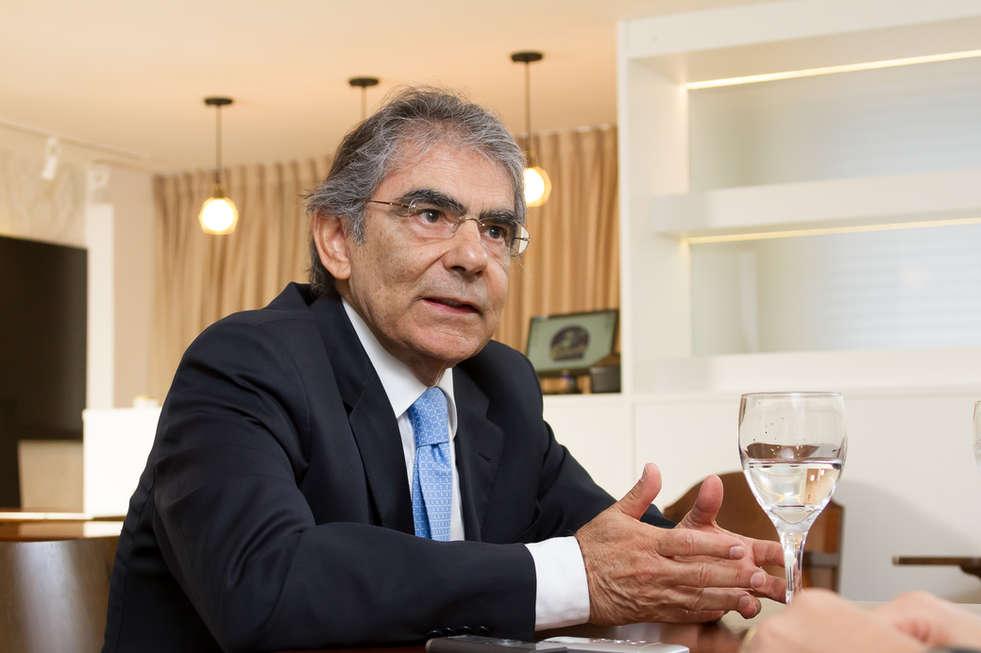 Entrevista com o Ministro Ayres Britto para RBS