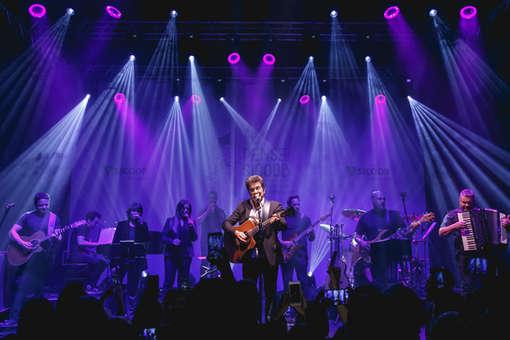 Show do cantor Daniel em evento corporativo