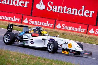 Evento corporativo esportivo para o Santander, no autódromo de Brasília Racing Festival