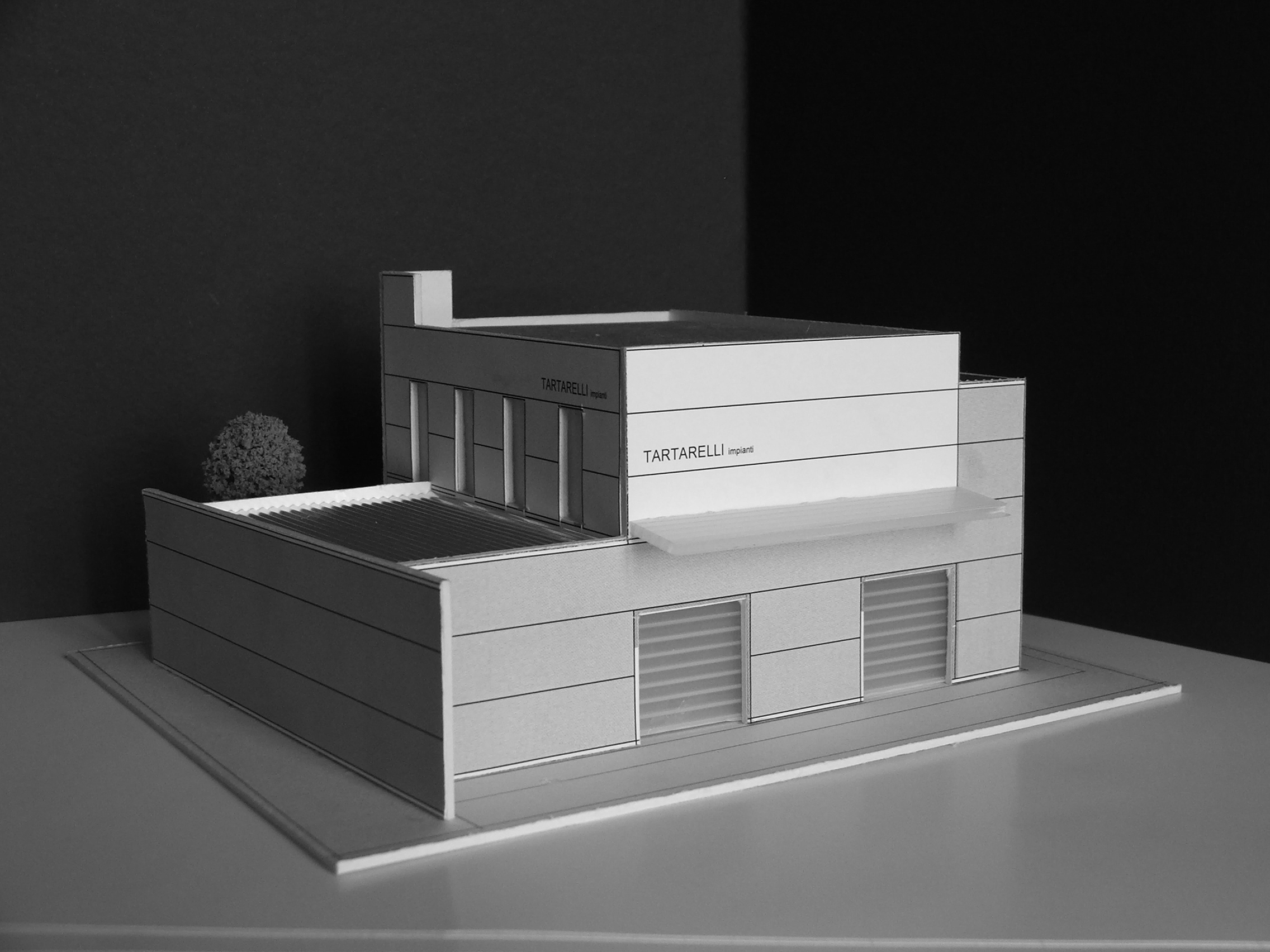 Modello Edificio industriale Tartarelli