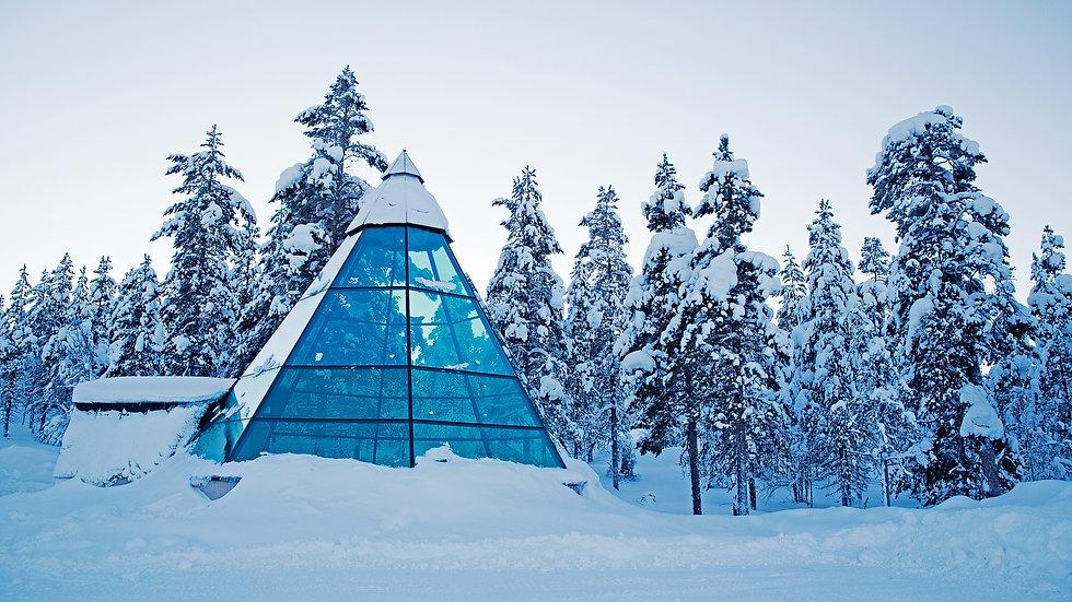 Glass Teepee Kakslauttanen Arctic Resort