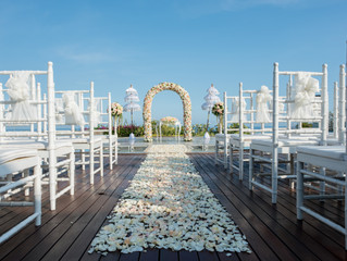 Make Your Wedding Day Incredible With Banyan Tree Water Wedding in Bali