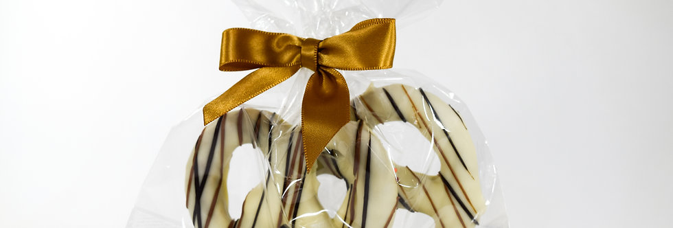 Ivory Chocolate Covered Pretzel Twists Duet
