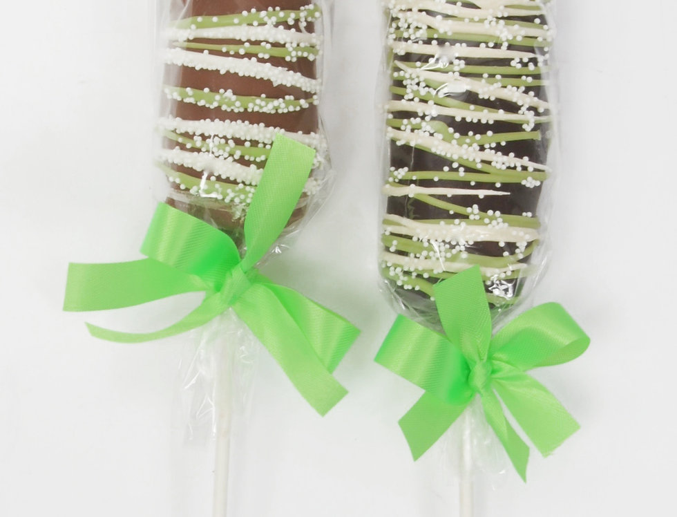 Marshmallow Pop Dipped in Caramel and Milk Chocolate