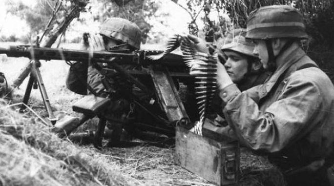 mg42-german-machinegun-ww2-700x390.jpg