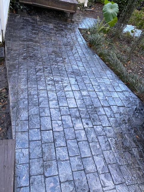 Stamped Concrete Cobble Stone Driveway tecnoconcrete.com