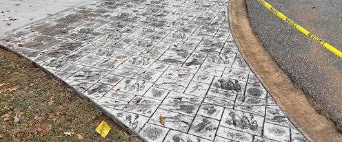 Ashlar Slate Stamped Concrete Apron tecnoconcrete.com