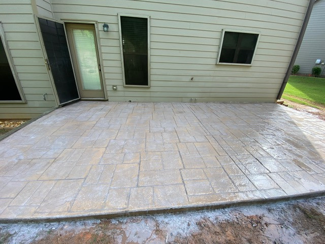 Decorative Patio Addition Color Concrete