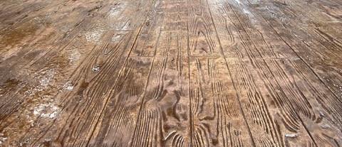 Wood Concrete Stamped Design Patio tecnoconcrete.com