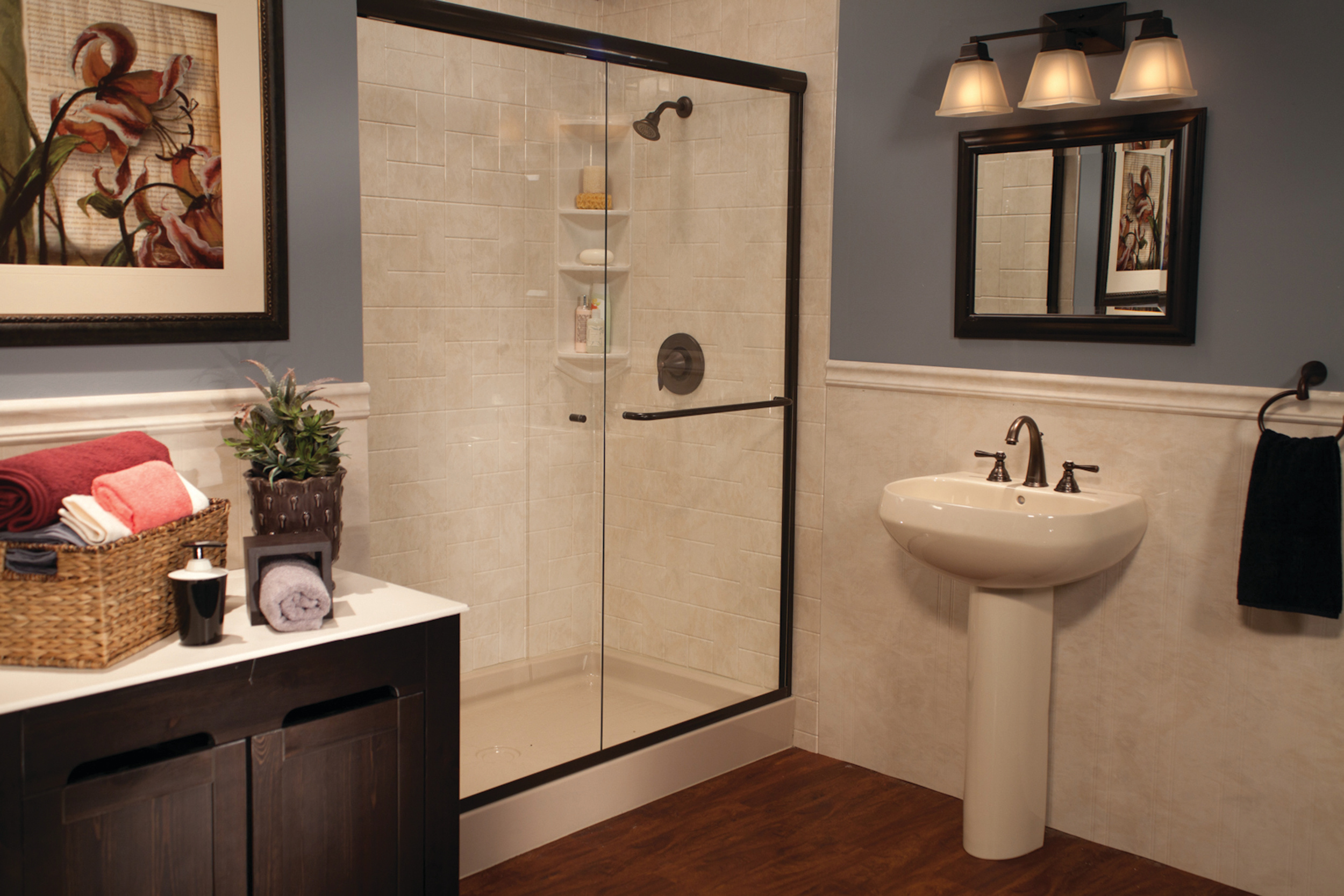 Almond_Shower_Base_Almond_White_Windmill_Tile_and_Wainscoting_Oil_Rubbed_Bronze_IMG_6350_HR_bci-329.