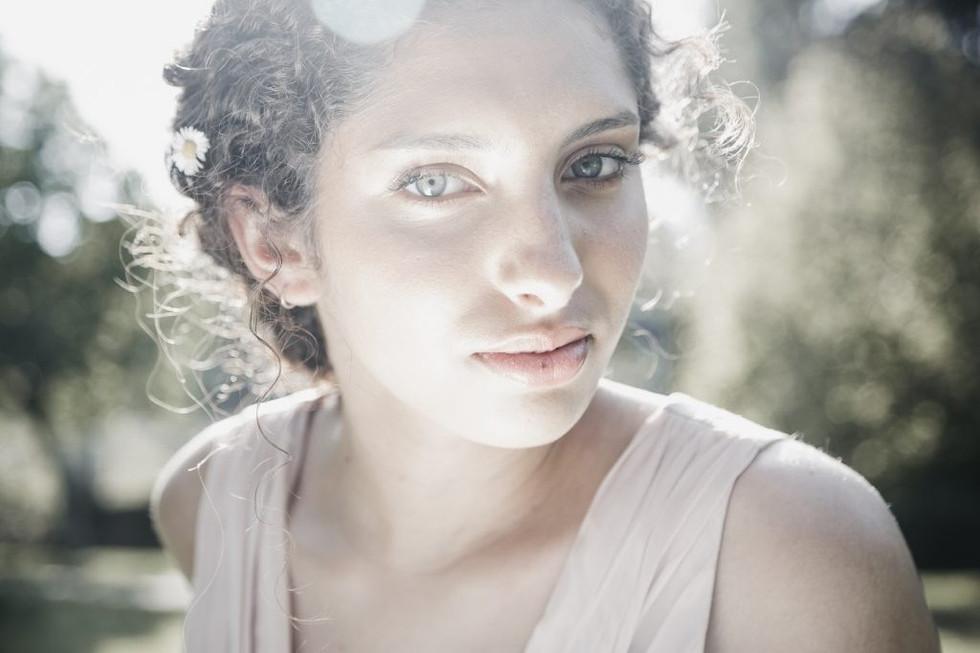 floresta-luz-fotografia-modelo.jpg
