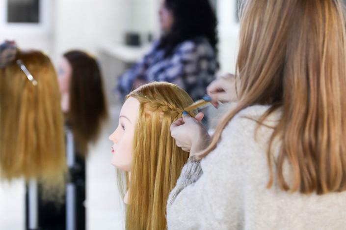 curso-cabeleireira-tranças.jpg